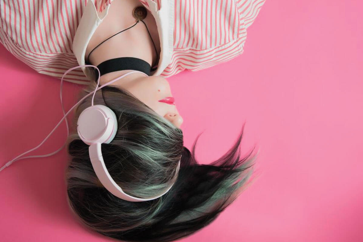 Playlist time: The Happy Indie Girl Anthem