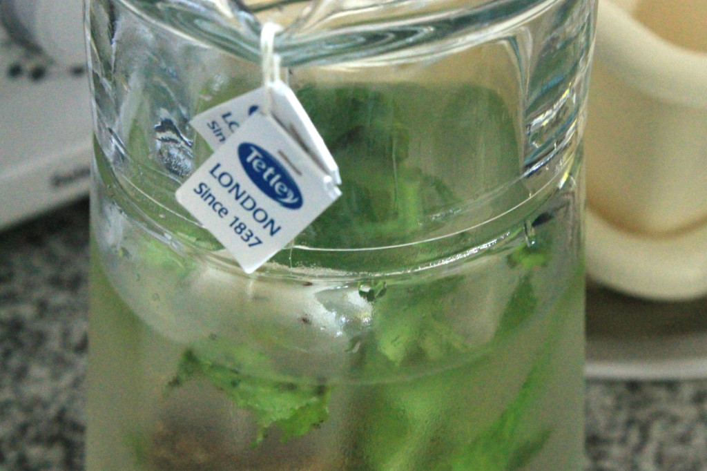 tetley-tea-and-mint