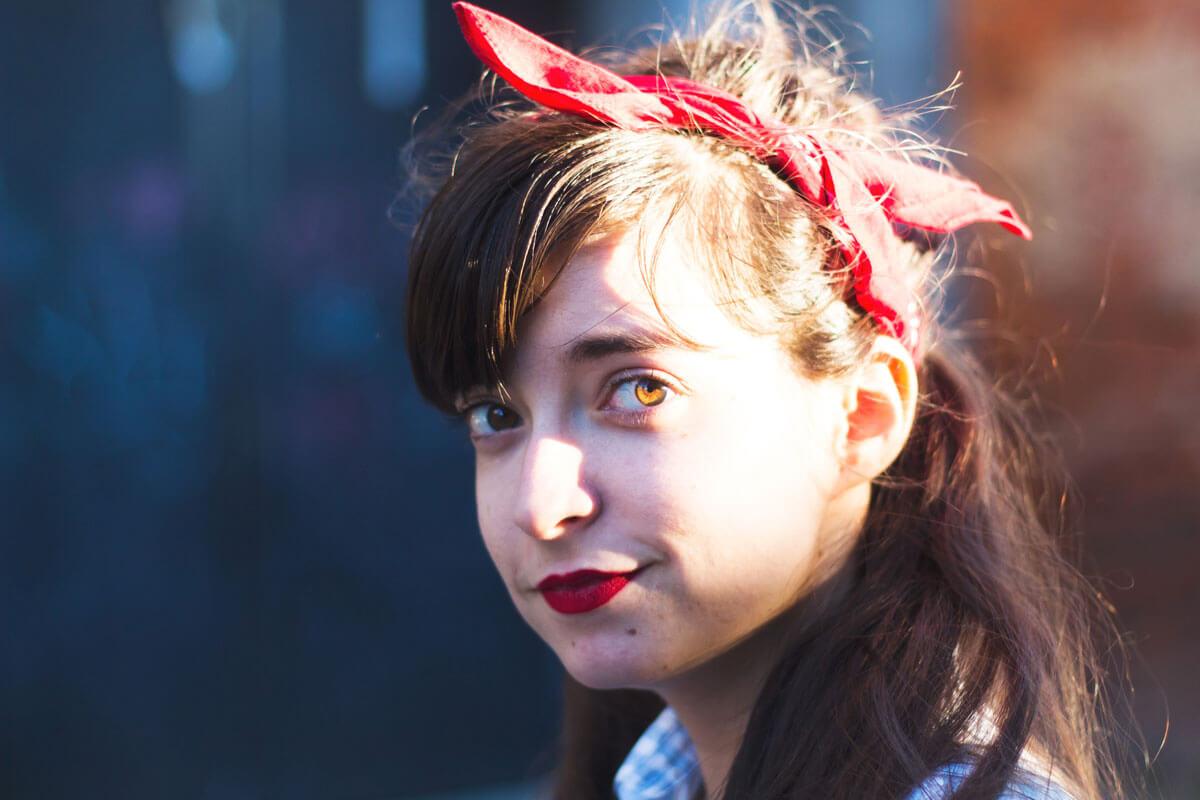 A lente não mente: como fotografar a mesma pessoa pode dizer-nos muito sobre ela